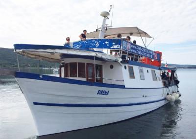Tauchboot Sirena für Tagestouren