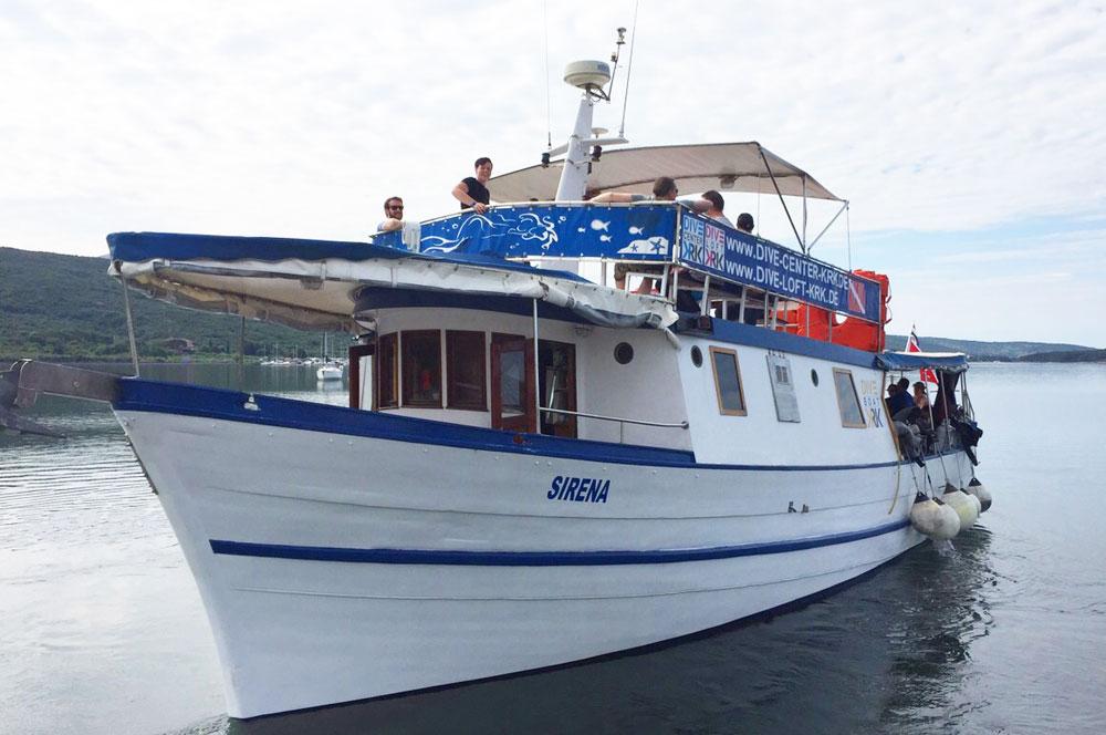 Tauchboot Sirena für Tagesausfahrten | DIVE LOFT KRK