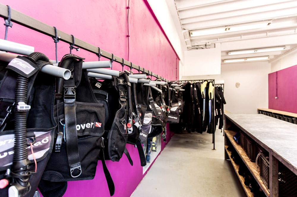 Ausrüstungsverleih und Rental Station | DIVE LOFT KRK