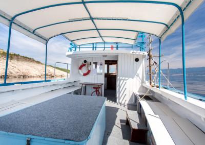 dive-loft-krk-tauchboot-miki-1