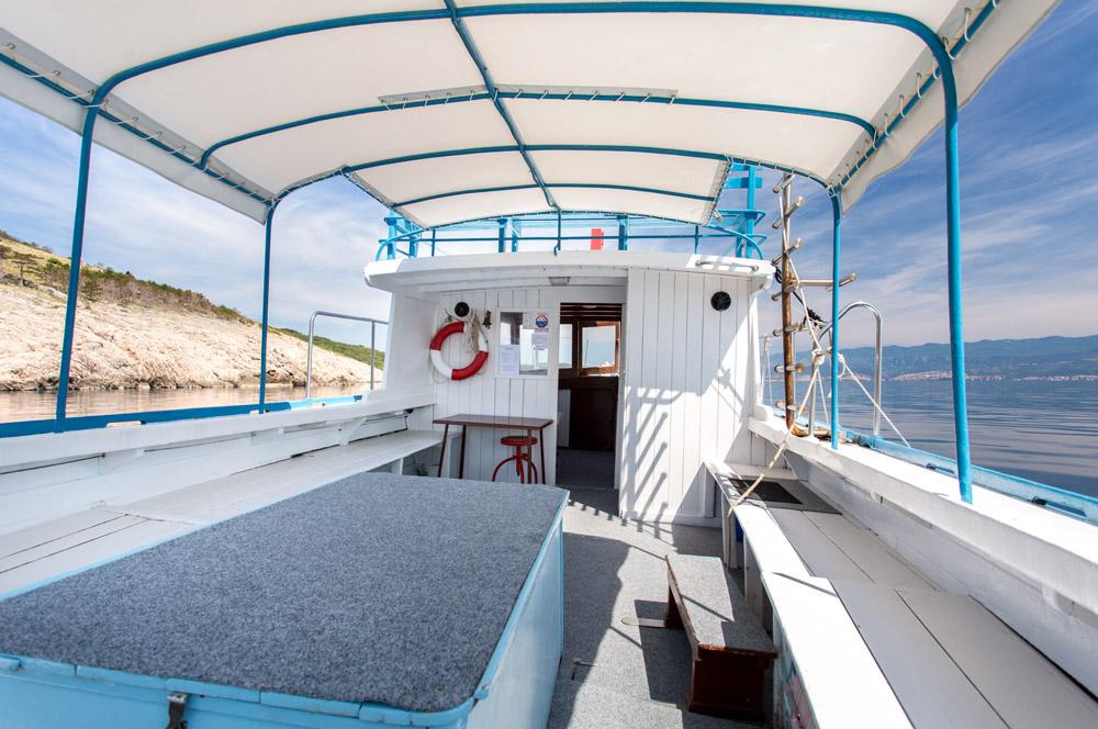 Einzelausfahrten mit Tauchboot Miki 1 | DIVE LOFT KRK